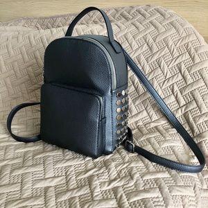 Handbags - 💥mini backpack 🎒 💥